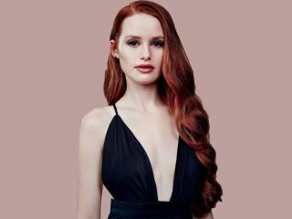 Madelaine Petsch 2018 wallpaper
