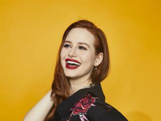 Madelaine Petsch Comic Con 2019 wallpaper