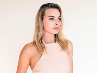 Margot Robbie Actress Latest Photoshoot wallpaper