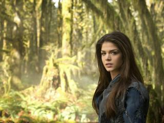 Marie Avgeropoulos As Octavia Blake In The 100 wallpaper