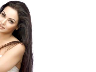 Maryam Zakaria New Gorgeous HD Pics  wallpaper