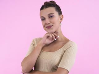 Millie Bobby Brown Actress 2021 wallpaper