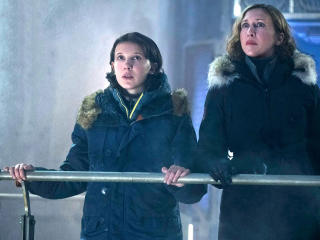Millie Bobby Brown And Vera Farmiga In Godzilla King Of The Monsters 2019 wallpaper