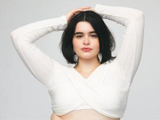 Model Barbie Ferreira wallpaper
