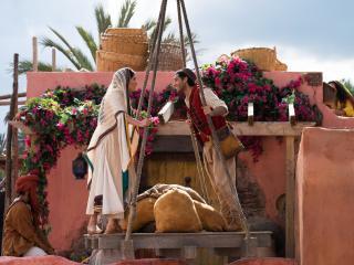 Naomi Scott and Mena Massoud in Aladdin Movie image