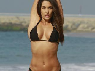 Nikki Bella Yoga Pose wallpaper