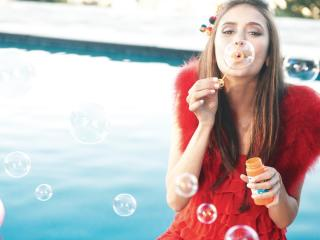 nina dobrev, bubbles, water wallpaper