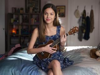 Olivia Rodrigo in High School Musical wallpaper