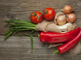 HD Wallpaper | Background Image pepper, tomato, garlic