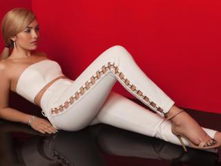 Peyton List Modeliste Photoshoot wallpaper