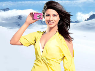 Priyanka Chopra In Yellow Latest HD Wallpapers  wallpaper