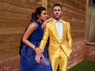 Priyanka Chopra Jonas & Nick Jonas 2021 wallpaper
