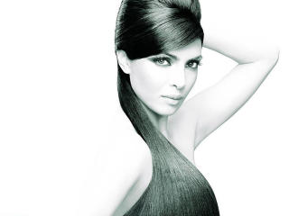 Priyanka Chopra Lovely Hair Wallpaper wallpaper