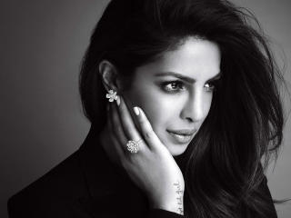 Priyanka Chopra Monochrome wallpaper