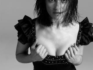 HD Wallpaper | Background Image Rachel Weisz Sexy Cleavage Pics