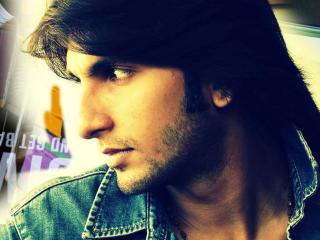 Ranveer Singh Dasing Pics  wallpaper