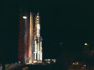 rocket, spaceport, night wallpaper