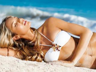 HD Wallpaper | Background Image Rosie Huntington bikini wallpaper