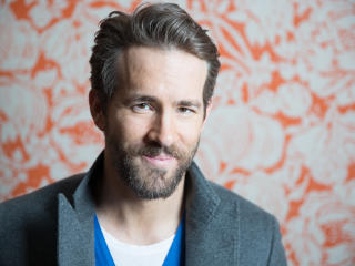 ryan reynolds, actor, face wallpaper