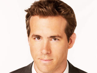 ryan reynolds, face, actor wallpaper