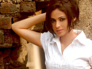 Sadha New Lovely Pics wallpaper