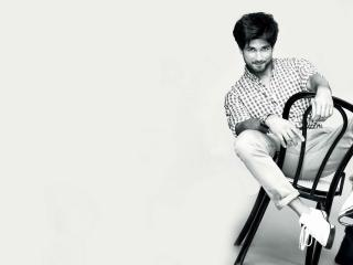 HD Wallpaper | Background Image Sahid Kapoor Black And White