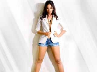 Sameera Reddy Sexy HD Images wallpaper