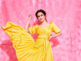 Sanya Malhotra 2020 wallpaper
