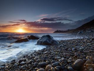 Sea Stone near Coastline wallpaper