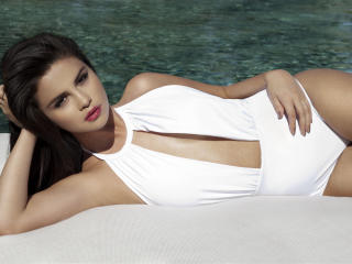 Selena Gomez White Dress Photoshoot wallpaper