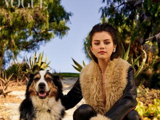 Selena Gomez with Dog wallpaper