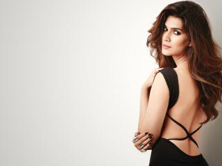 Sexy Kriti Sanon Backless Black Dress wallpaper