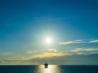 ship, sea, horizon wallpaper