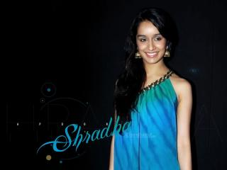 Shraddha Kapoor In Blue  wallpaper