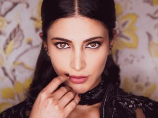 Shruti Haasan Beautiful Face wallpaper