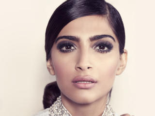 Sonam Kapoor Hd Wallpapers Free Download wallpaper