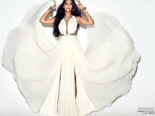 Sonam Kapoor Vogue wallpaper wallpaper