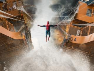 Spiderman Homecoming Boat Fight Scene wallpaper