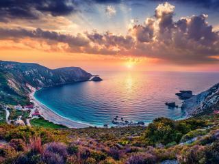 Sunrise Coastline 4K wallpaper