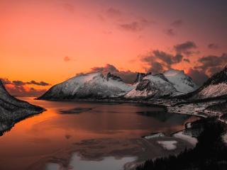 Surreal Mountain Landscape Lake 4K wallpaper