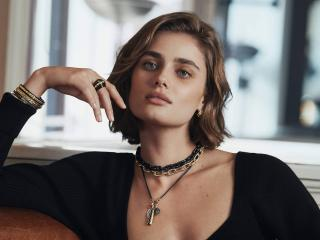 Taylor Hill 2021 Photoshoot wallpaper