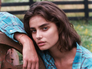 Taylor Hill Model 2020 wallpaper