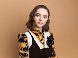 Thomasin McKenzie wallpaper