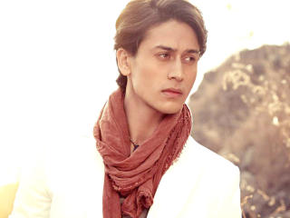 HD Wallpaper | Background Image Tiger Shroff Classy HD Wallpapers