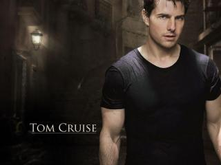 Tom Cruise Fit Body wallpaper wallpaper