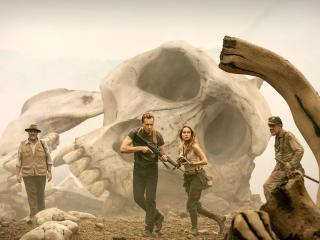 Tom Hiddleston in Kong Skull Island wallpaper