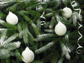 tree, needles, christmas decorations wallpaper