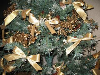 tree, needles, ribbons wallpaper