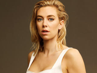 Vanessa Kirby Face 2020 wallpaper