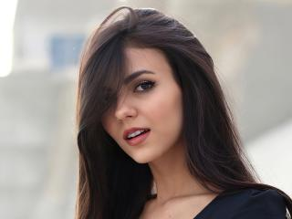 Victoria Justice Cute Face wallpaper